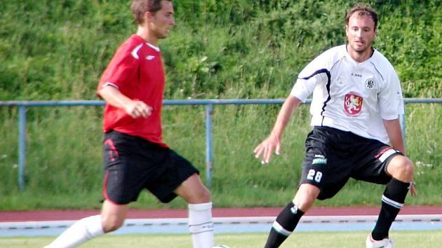 Fotbalová příprava: MFK Chrudim - FC Hradec Králové.