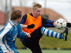 Chudonice 2008: Trutnov vs. Chlumec nad Cidlinou (v modrém).