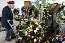 Pohřeb Jana Šenkýře v Hradci Králové z roku 2014.