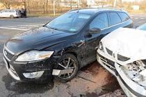 Nehoda na Malšovickém mostu: pravděpodobně došlo k nedání přednosti v jízdě.