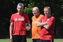 Miroslav Koubek (uprostřed)