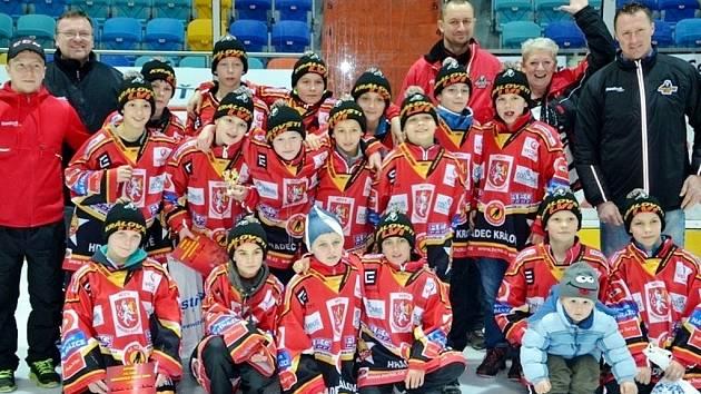 Memoriál Filipa Čepa - hokejisté 6. tříd Hradce Králové.