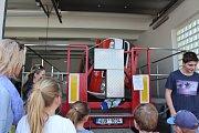 Den otevřených dveří u zdravotnické záchranky v Hradci Králové.