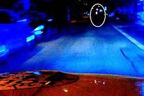 Policejní pronásledování motorkáře pod vlivem omamných látek.