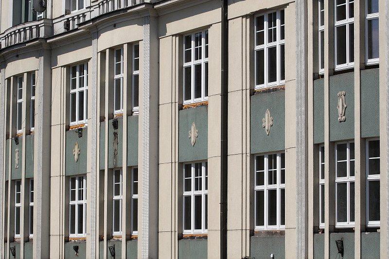 Hotel Paříž, Baťkovo náměstí