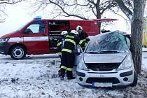 Havárie osobního automobilu u Libřic.