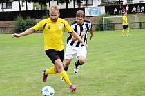 Krajský přebor ve fotbale: TJ Červený Kostekec - FK Vysoká nad Labem.