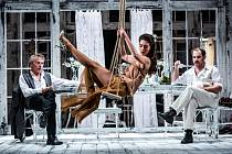 Klicperovo divadlo připravilo premiéru hry Strýček Váňa.