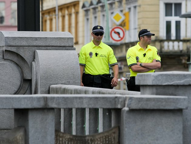 Strážníci městské policie. Ilustrační fotografie.