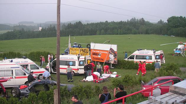 Při nehodě zemřeli tři lidé