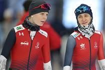 Nikola Zdráhalová (vlevo) a Martina Sáblíková na tréninku.