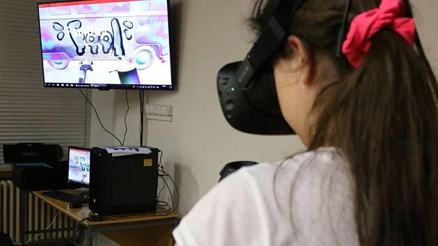 Studio virtuální reality v hradecké ZUŠ Střezina.