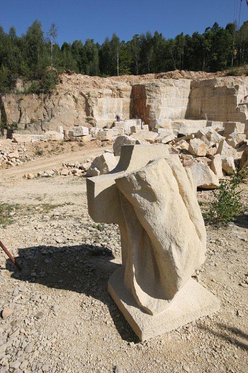 K kamenolomu v Podhorním Újezdě