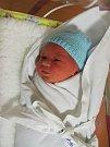 VÁCLAV KAČÍREK se narodil 20. února v 9.15 hodin. Po porodu měřil 49 cm a vážil 3080 g. Svým příchodem na svět udělal radost rodičům Petře a Ondřejovi Kačírkovým ze Žlunice. Doma se na něj těší také bratr Ondřej.