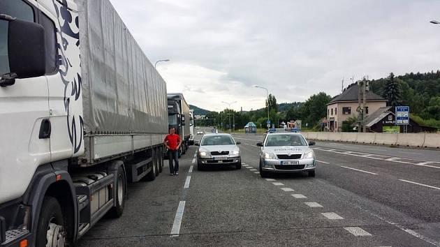 Dopravně bezpečnostní opatření na silnici I/33.