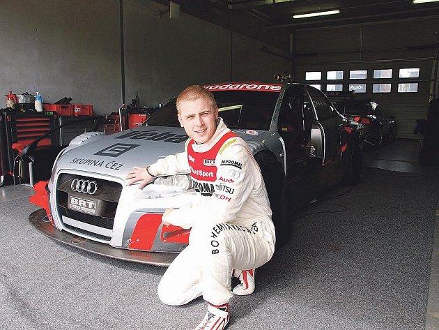 První zkušenosti s vozem Audi A4 DTM získal královéhradecký jezdec Michal Matějovský během testování na brněnském Masarykově okruhu
