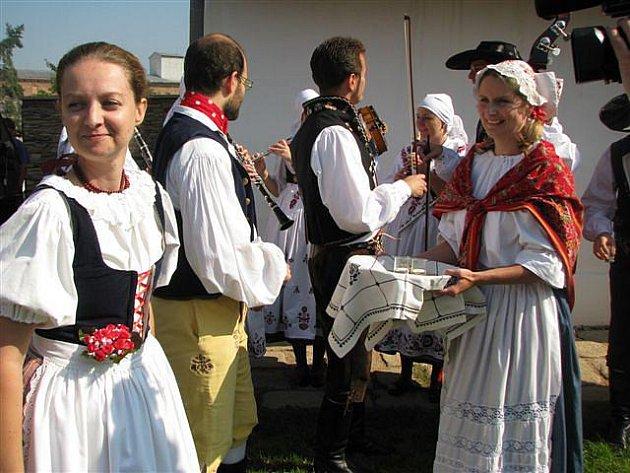 Dočesná, slavnost ukončující sklizeň chmele, na Šrámkově statku (září 2010).