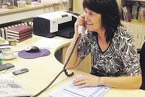Koordinátorka voleb v Hradci Králové Ľudmila Ducháčová zajišťuje celý průběh komunálních voleb v krajském městě. Očekává, že výsledky budou známy v sobotu večer.