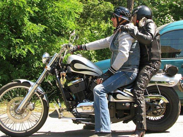 Prasek u Nového Bydžova hostil 11. ročník motosrazu o víkendu 9. - 11. července 2010.