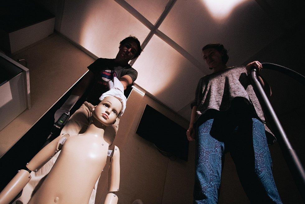 Divadlo Drak odehrálo premiéru R.U.R. 2.0.