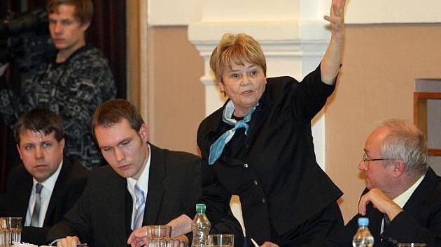 Zasedání zastupitelstva v Hradci Králové (9. listopadu 2010).