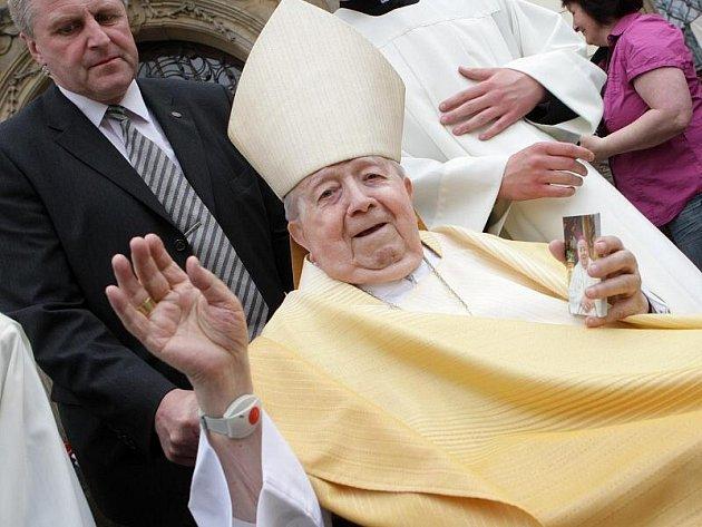Biskup Karel Otčenášek zemřel 23. května ve věku 91 let