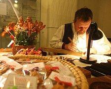 Adventní trhy v Adalbertinu a Muzeu východních Čech (pátek 26. listopadu 2010).