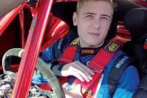 Ostrý start sezóny čekal automobilového závodníka Michala Matějovského.
