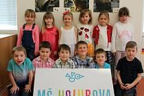 MŠ Holubova - třída Hvězdičky: Šárka, Míša, Bára, Lilča, Kája, Sofie, Matěj, Vráťa, Standa, Vašek, Fanda, Tobiáš.
