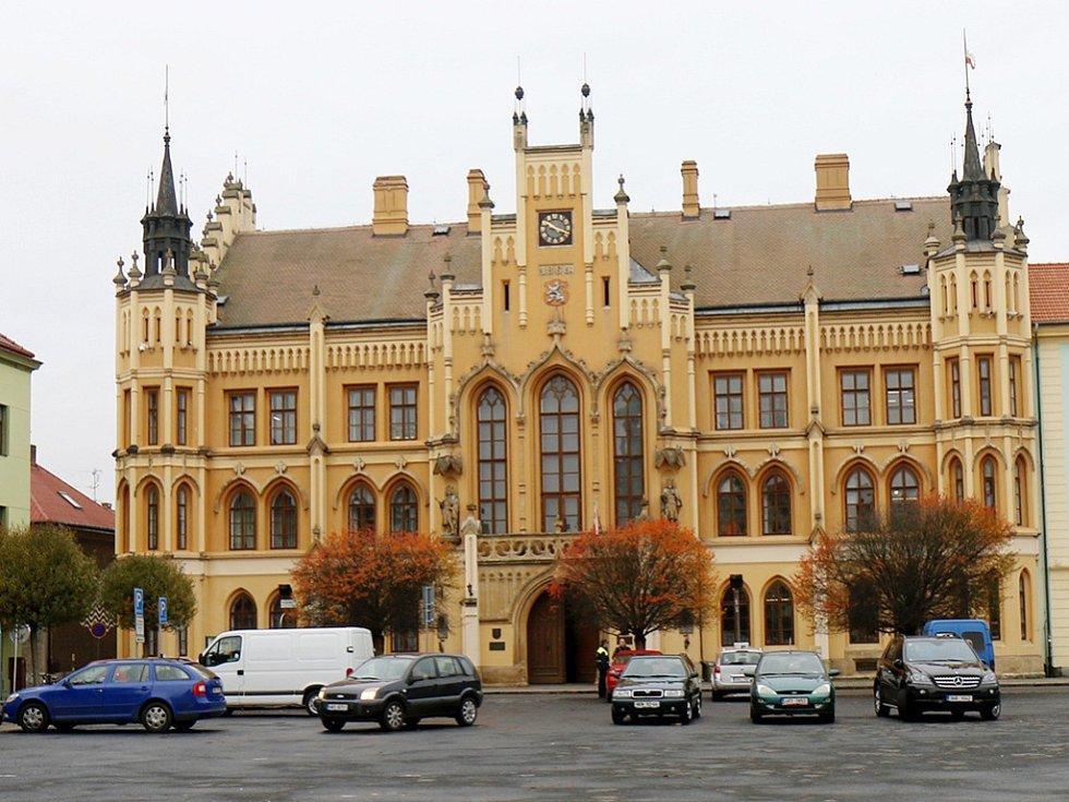 Radnice v Novém Bydžově. Ilustrační fotografie.