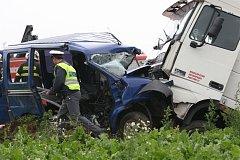 Tragická nehoda uzavřela silnici na Jaroměř. Byl viníkem Ladislav Lubina?