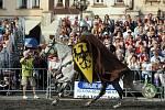 Svatováclavské slavnosti. Velké náměstí nabídlo kromě jarmarku a družiny svatého Václava atraktivní podívanou v podobě již tradiční přehlídky koní uspořádané biskupstvím.