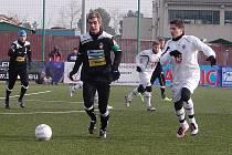Zimní fotbalová Tipsport liga: Hradec - Plzeň.