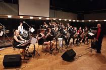 Jazzové orchestry z Královéhradeckého kraje v kongresovém centru Aldis v Hradci Králové.