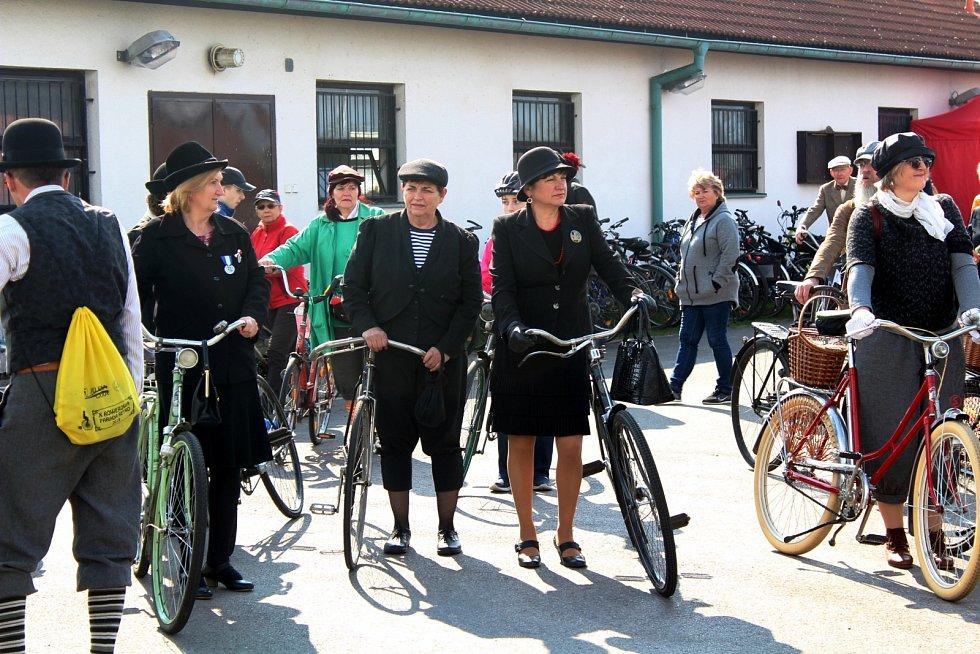 Otevření části cyklostezky ve Vysoké nad Labem.