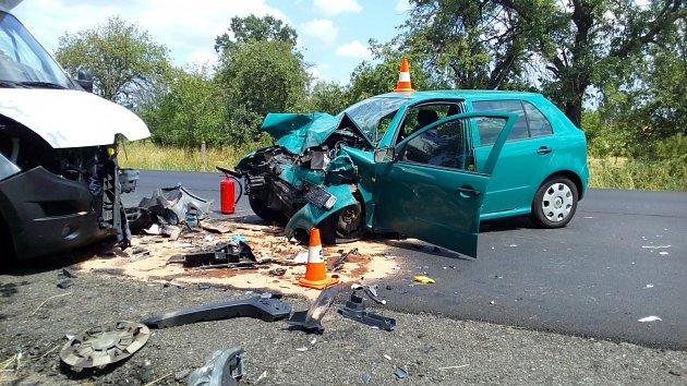 Dopravní nehoda osobního automobilu a dodávky uTřebechovic pod Orebem.