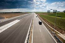 Otevření nového useku D11 u Hradce Králové