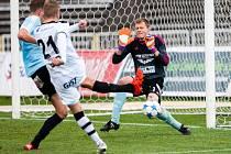 Fotbalová národní liga: FC Hradec Králové - FK Slavoj Vyšehrad.