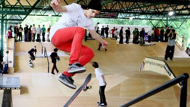 Hradecký skatepark pokřtily závody. Titul zůstal doma