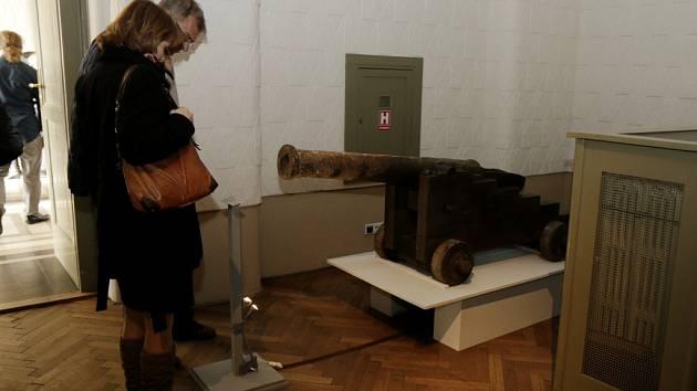Výstava Na vlnách pod plachtami v Muzeu východních Čech v Hradci Králové.