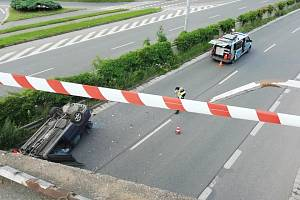 Nehoda na mostě v Hradci Králové