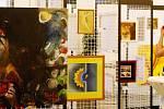 Charitativní dražba obrazů, kterou uspořádaly královéhradecká agentura Butterfly a  společnost Butterfly-Aid ve prospěch dětí z Dětského domova v Nechanicích, v sále Filharmonie Hradec Králové.