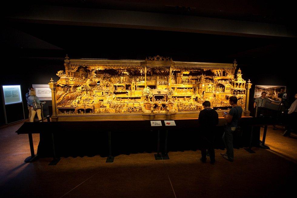 Tisková konference k opravě mechaniky Proboštova betlému v Třebechovicích pod Orebem.