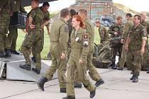 Ve středu se na bochořské letiště vrátili vojáci z mise v Kosovu.