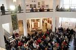Z vernisáže výstavy Unie výtvarných umělců Hradec Králové s názvem České výtvarné jaro v polském Klodsku.