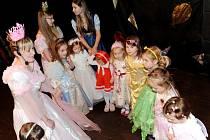Karneval Království masek v Kongresovém centru Aldis v Hradci Králové.