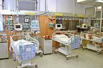 Péče o pacienta - dětské oddělení.