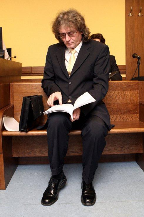 Soud s Bohumilem Kulínským