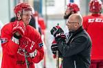Letní příprava hradeckých hokejistů na ledě.