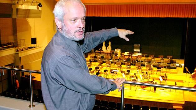 Václav Derner, ředitel hradecké filharmonie